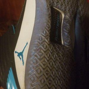 Nike Shoes - Nike Air Jordan 11.5